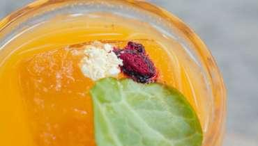 Beterraba e cenoura podem sim virar um ótimo drink para o fim do dia - Brastemp Experience
